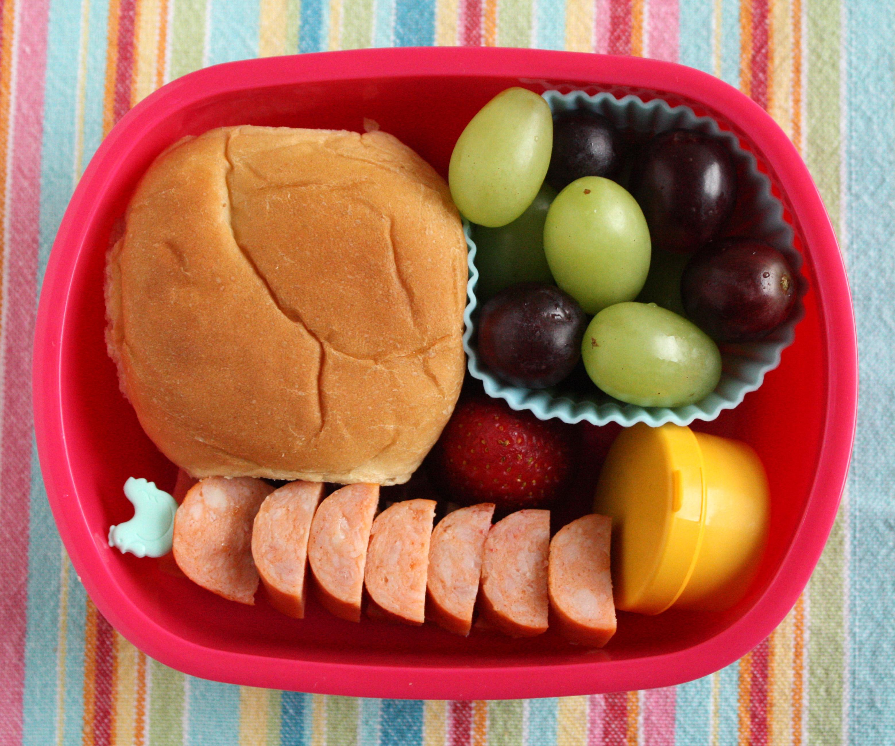 hotdog and grapes bento box lunch. Black Bedroom Furniture Sets. Home Design Ideas