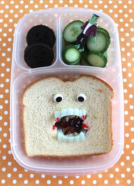 Vampire sandwich EasyLunchboxes bento