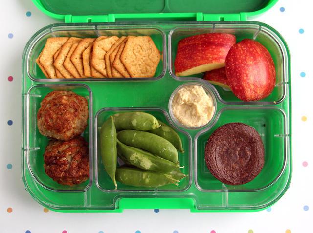 Pantry Basics Yumbox Lunch
