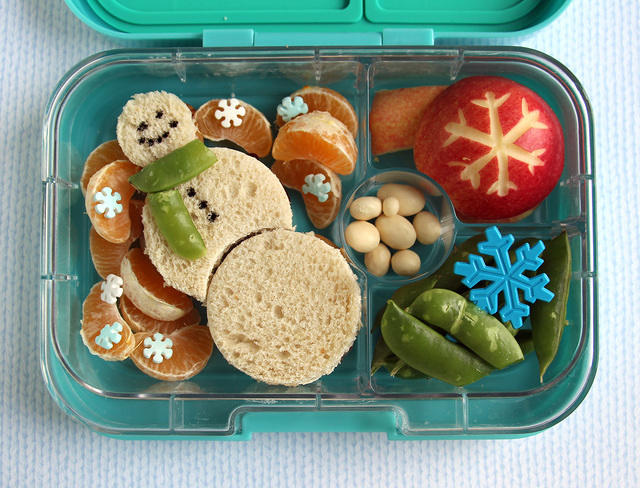 Wintery Snowman Lunch in the Yumbox