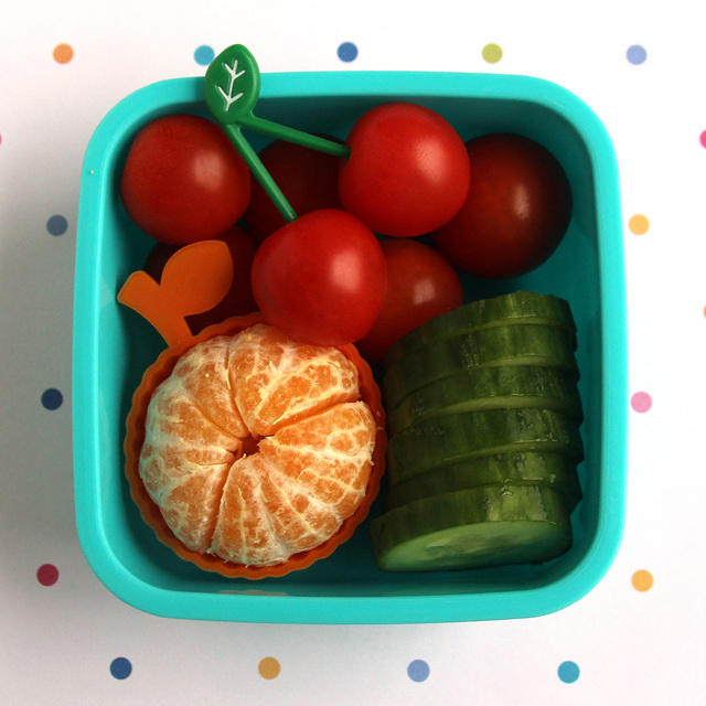 Fruity snack bento