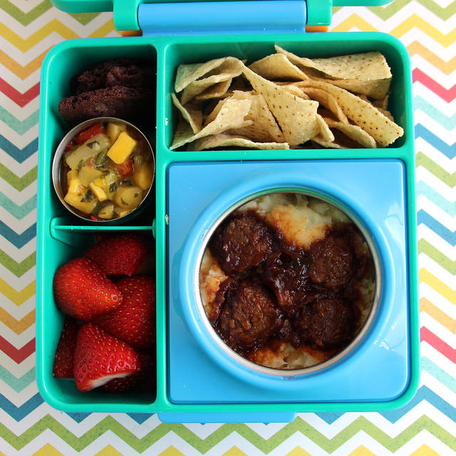 BBQ Meatballs and Mashed Potatoes in the Omiebox