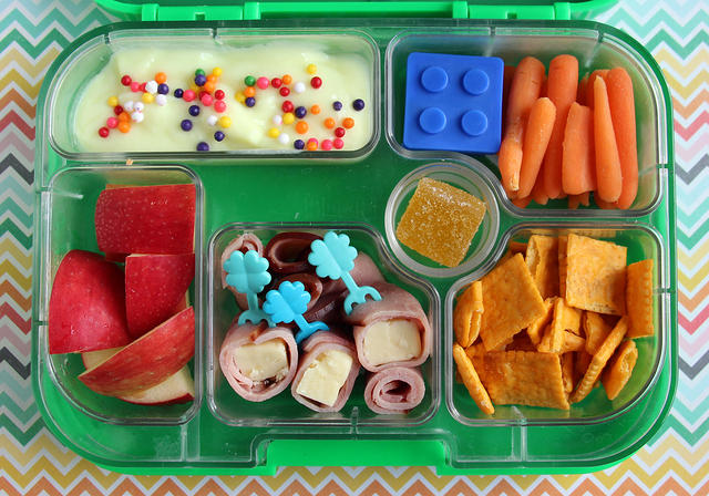 Yumbox Original packed with lots of snacky stuff