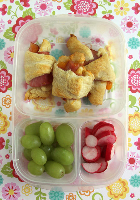 Cheesy ham rolls in Easylunchboxes bento box