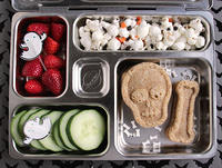 Skull and Bones PlanetBox Lunch