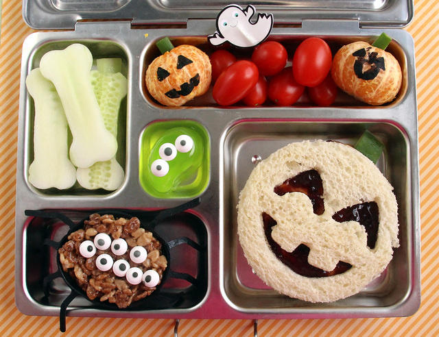Cute Halloween PlanetBox Lunch for a Kindergartener