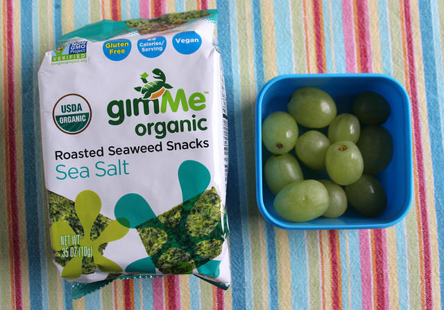 Seaweed and Grapes Snack