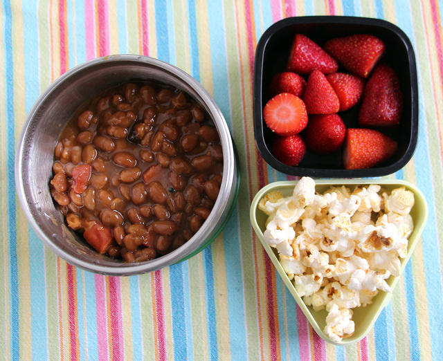 Beanie-Weenies and sides lunch